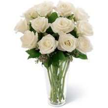 send 12 white roses in vase to dhaka