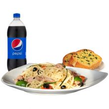pizza inn carbonara with garlic bread and pepsi
