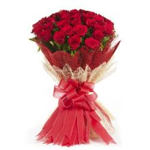 Send One Dozen Red Roses In Bouquet to Dhaka in Bangladesh